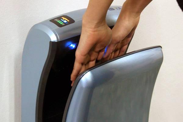 Как выбрать автоматическую сушилку для рук?
